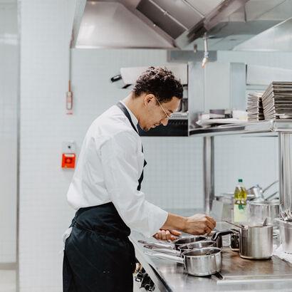 la grande épicerie de Paris - Cédric Erimée en cuisine