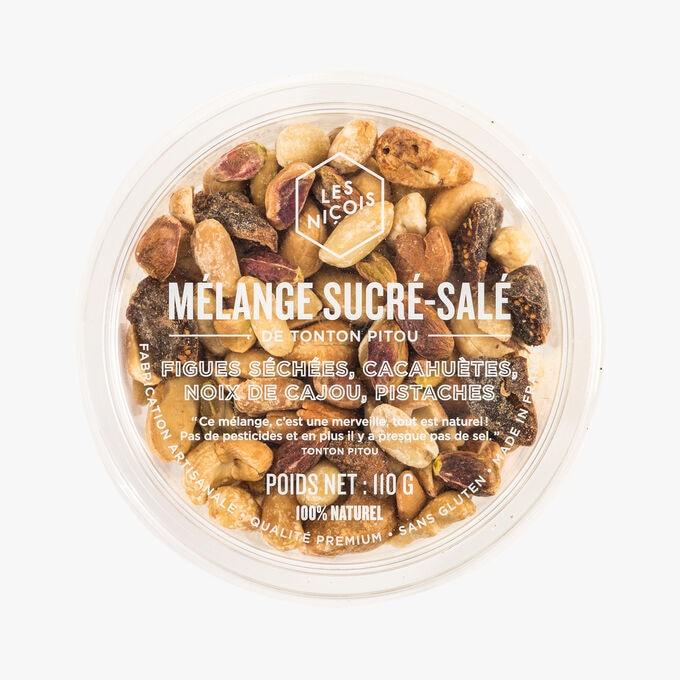 Mélange sucré-salé - figues séchées, cacahuètes, noix de cajou, pistaches, , hi-res