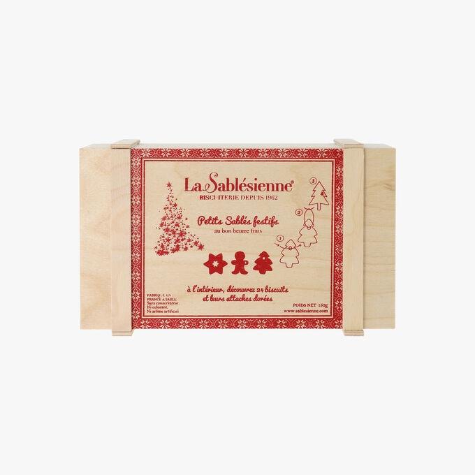 Wooden Box Of Festive Shortbread Pure Butter Shortbread Biscuits La Sablesienne