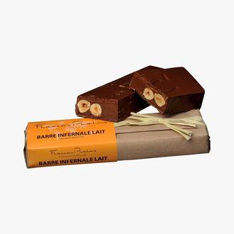 Infernal bar, praline milk chocolate and hazelnuts Pralus