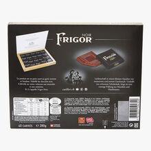 40 chocolats suisses noir fourrés à la crème aux noisettes et amandes Frigor