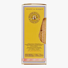 Double-filled raspberry wafers Biscuiterie Eugène Blond