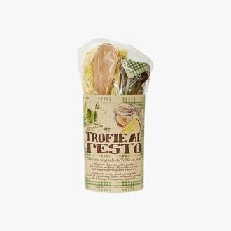 Trofie pasta kit with pesto sauce Casarecci di Calabria