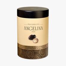 Almonds coated with dark or milk chocolate Angelina