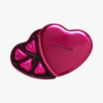 Magenta heart box, milk chocolate Fauchon