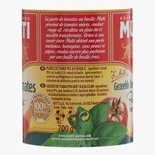 Tomato puree with basil Mutti