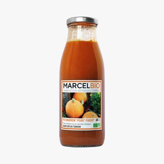 Organic red kuri squash, pear and chili soup Marcel Bio