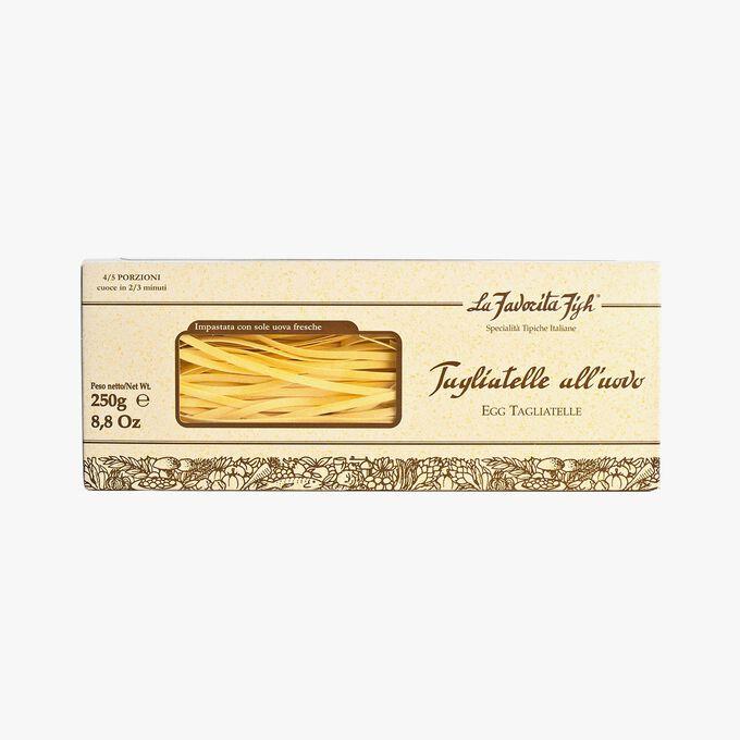 Egg tagliatelle with 2 % white truffles La Favorita