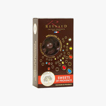 Almonds coated in dark chocolate Reynaud