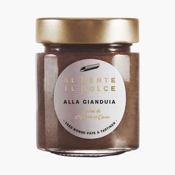 Alla Gianduia, hazelnut cream and cocoa Al dente la salsa