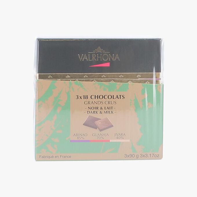 Pack of 3 boxes, 18 Christmas squares  Valrhona