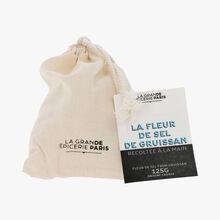 La fleur de sel de Gruissan récoltée à la main La Grande Épicerie de Paris