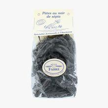 Black squid ink tagliatelle Pâtes Fabre