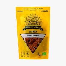 Organic coconut-almond granola Les Fruits Détendus