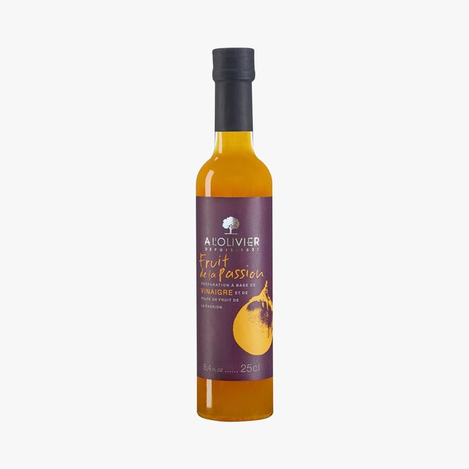 Vinegar-based sauce with passion fruit pulp A l'Olivier