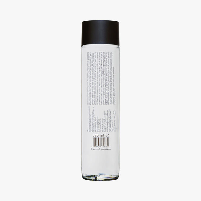 Voss Naturally sparkling mineral water Voss