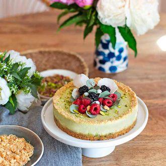Le cheesecake à la pistache et aux palets bretons, , hi-res title=Le cheesecake à la pistache et aux palets bretons,