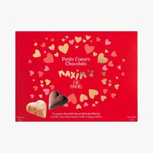 8 milk chocolate truffle hearts with crispy praline Maxim's