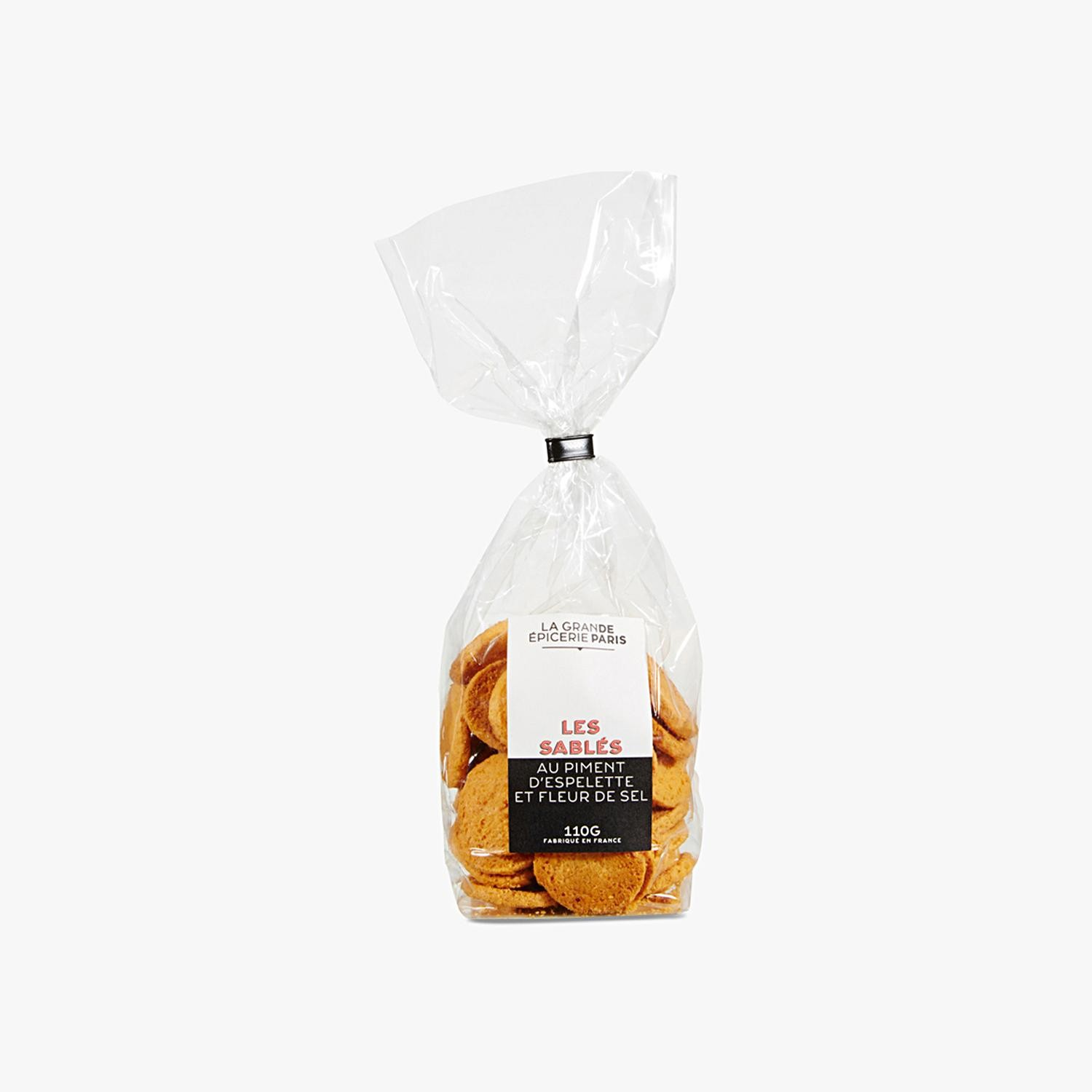 Savoury shortbread biscuits with Espelette chili and fleur de sel, , hi-res